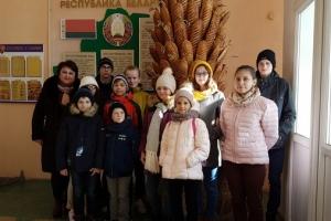 Экскурсия для воспитанников детских домов семейного типа в ОАО «Булочно-кондитерская компания «Домочай»